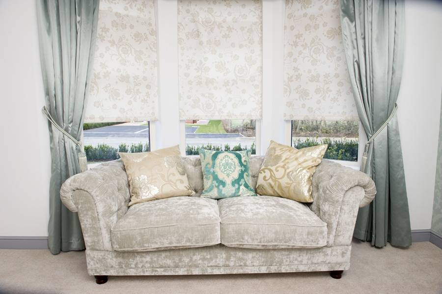 Charleston Linen Blinds Net Curtain 2 Curtains